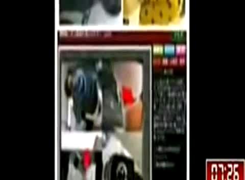 偷拍女尿尿_潍坊七中女厕所偷拍