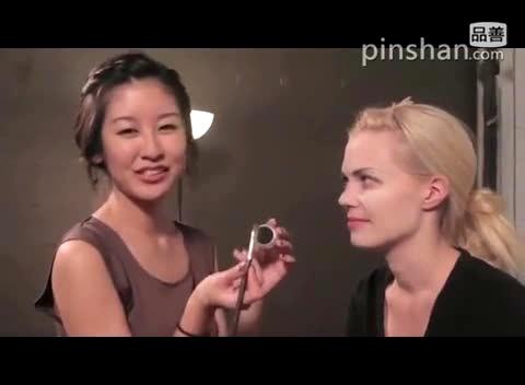万圣节妆容的画法 吸血鬼cosplay化妆教程