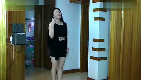 热舞在家自拍:性感美女自拍热舞劲舞脱衣舞舞蹈表演