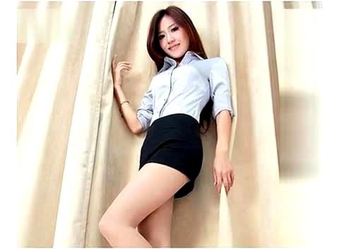 性感连体丝袜mm 美女白丝肉袜的致命诱惑丝袜翘臀,图片尺寸:740×462