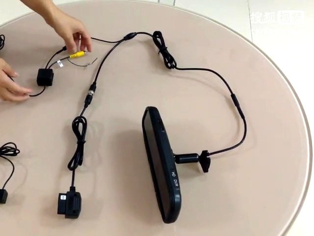 展鑫后视镜专车专用行车记录仪obd接线讲解