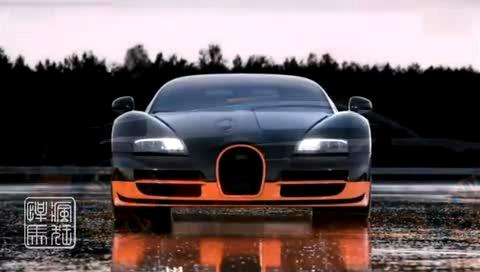 实拍世界上 第一辆汽车 奔驰