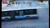 金宝博备用网址 三轮哥风骚的走位!.